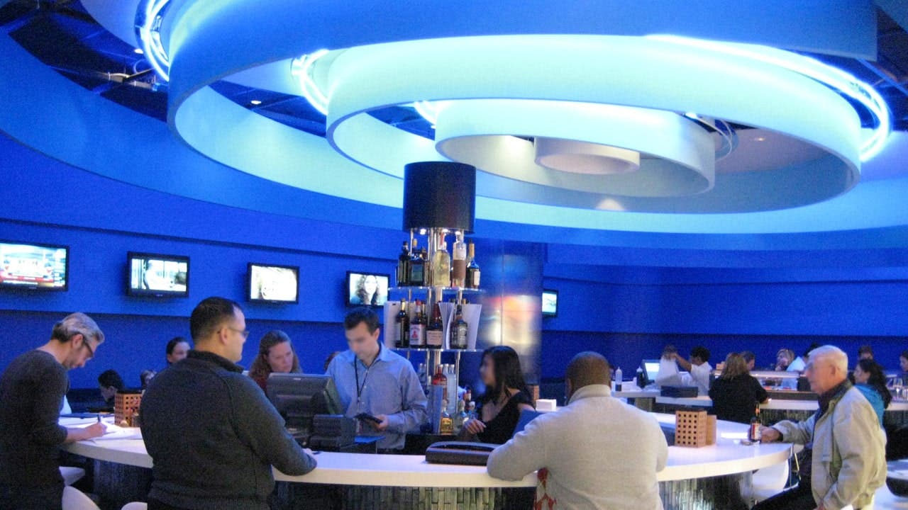 T5's Deep Blue restaurant has sushi, sashimi & Asian fusion
