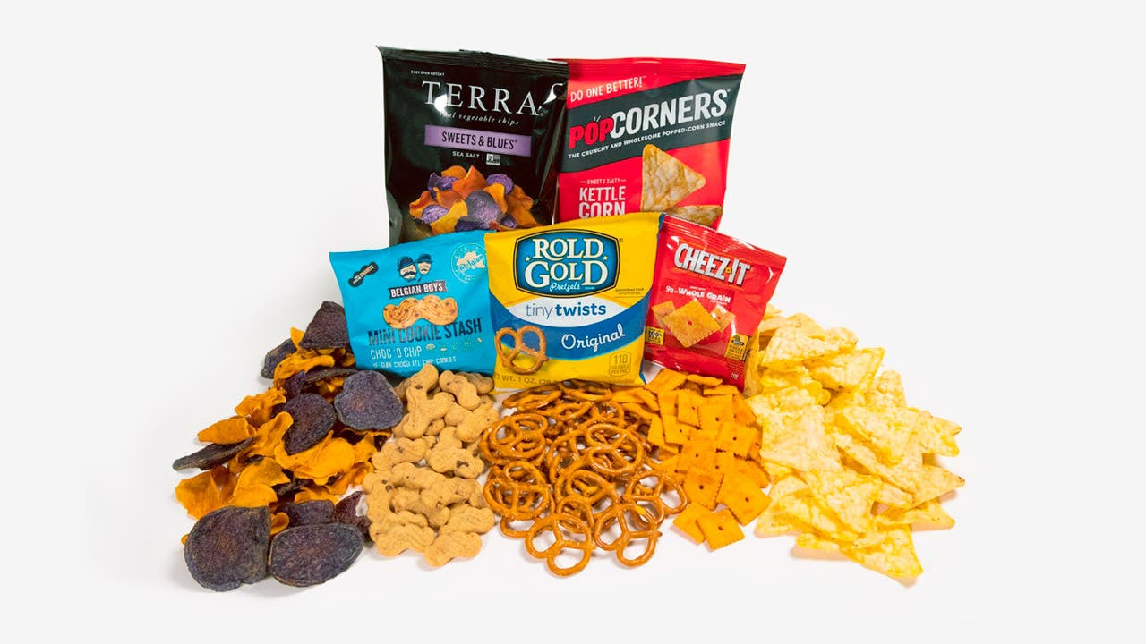 5 JetBlue onboard brand snacks in a pile